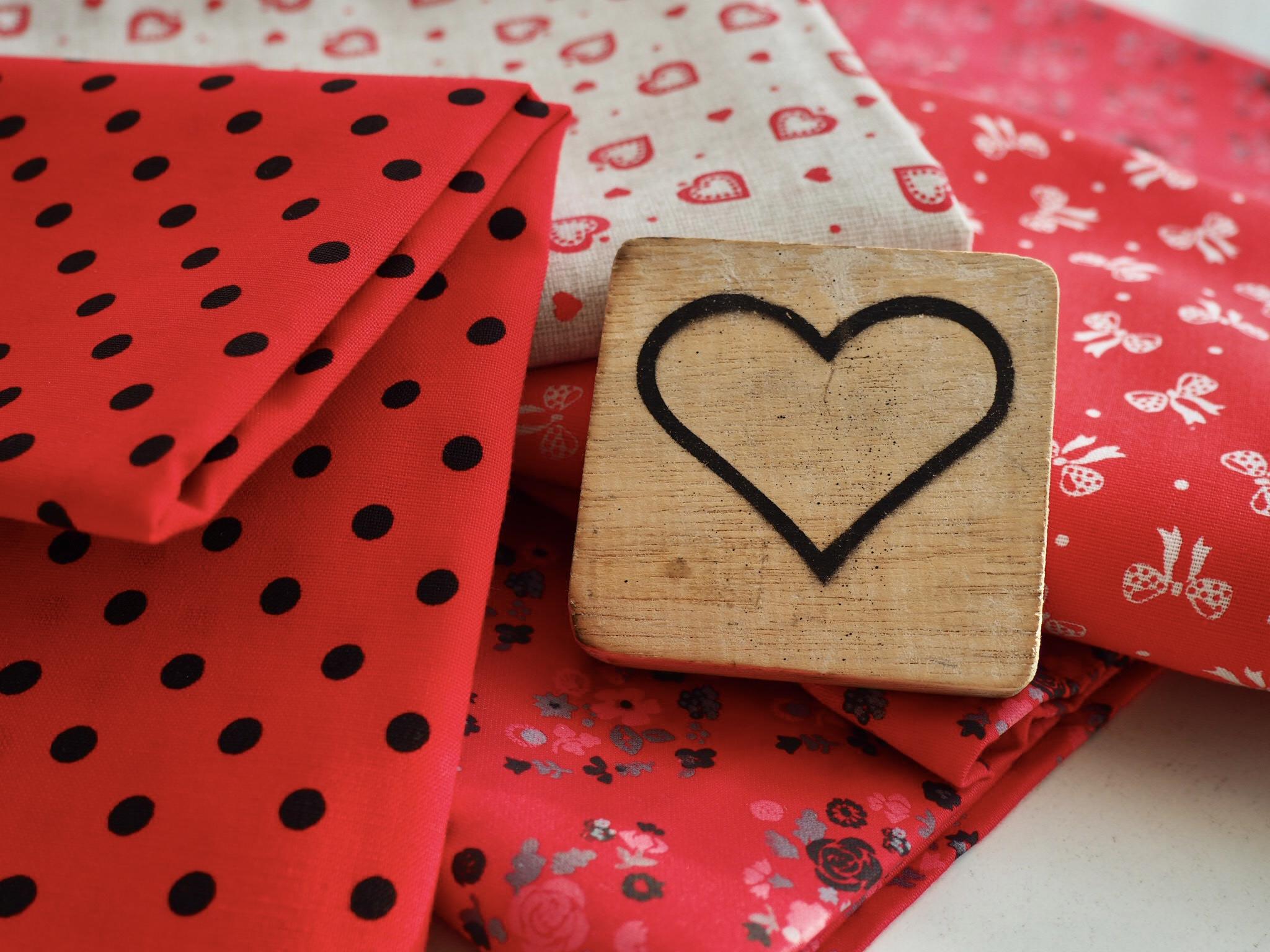Valentýnská kolekce potištěnných látek